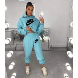 Дамски екип Nike