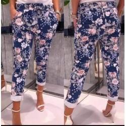 Дамски панталон на цветя